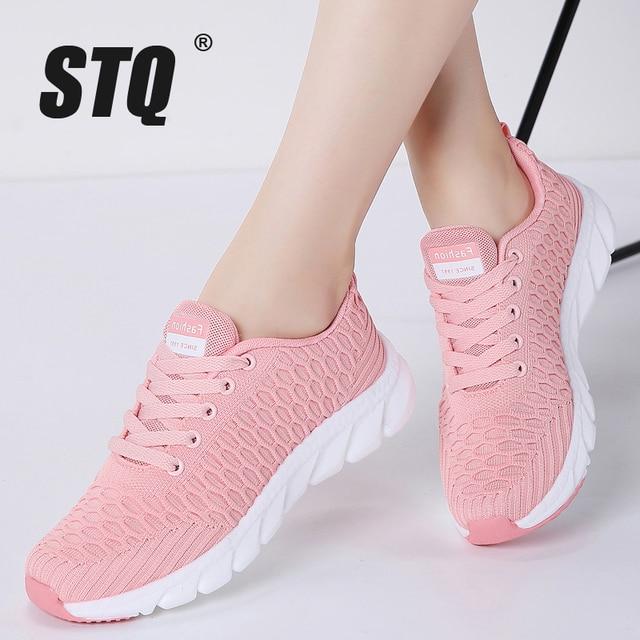 STQ 2020 Women Walking Flats Shoes Women Light Sneakers Mesh Tenis Feminino Casual Shoes Vulcanize Breathable Trainers Shoes 926