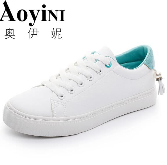 Women Shoes New Fashion Casual Platform Striped PU Leather Classic Cotton Women Casual Lace-up White Winter Shoes Sneakers