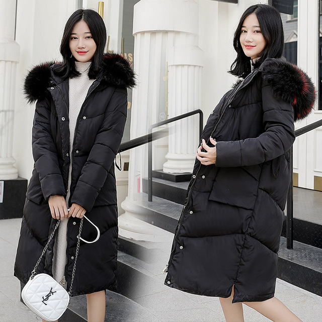 Three-dimensional design of the selection of Raccoon Fur large fur collar Ladies winter down jacket thick warm women's jacket