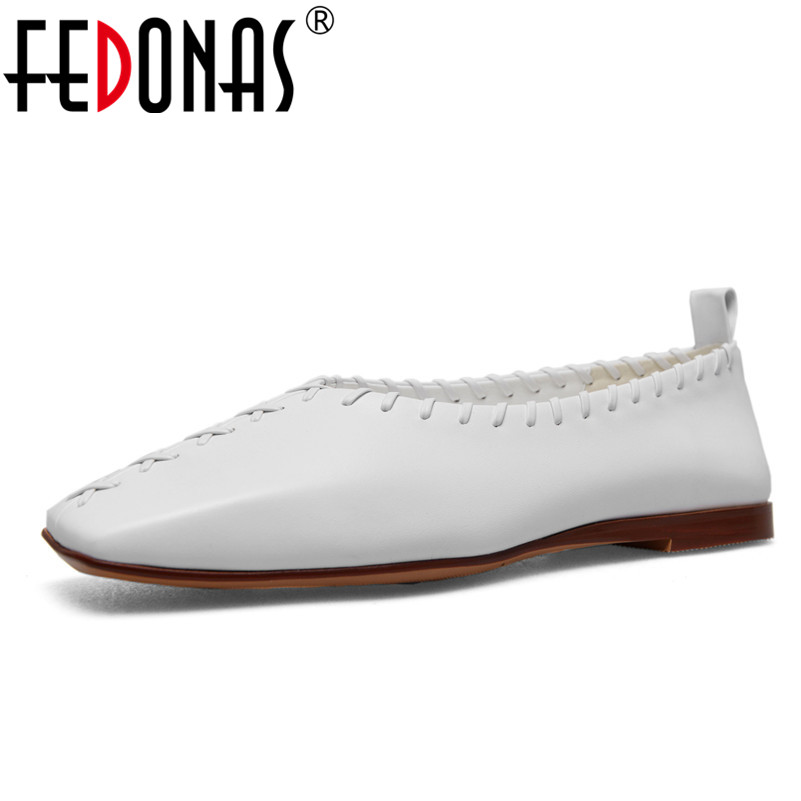 FEDONAS 2018 Spring Women Oxford Shoes Flats Genuine Leather Shoes Woman Square Toe Loafers Black White Comfort Casual Shoes lovexss casual oxford shoes fashion metal decoration shallow shoes black purple genuine leather flats woman casual oxford shoes