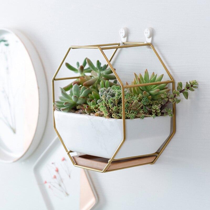 Doeltreffend Geometrische Metalen Ijzeren Frame Rack + Witte Keramische Planter Pot Achthoekige Muur Opknoping Keramische Succulent Bloempot Bamboe Lade