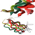 """Envío gratis 37 cm / 15 """" juguete trucos Replica serpiente Cobra realista Mamba juegos modelo de broma broma broma Party propiedad de Halloween choque de Halloween"""