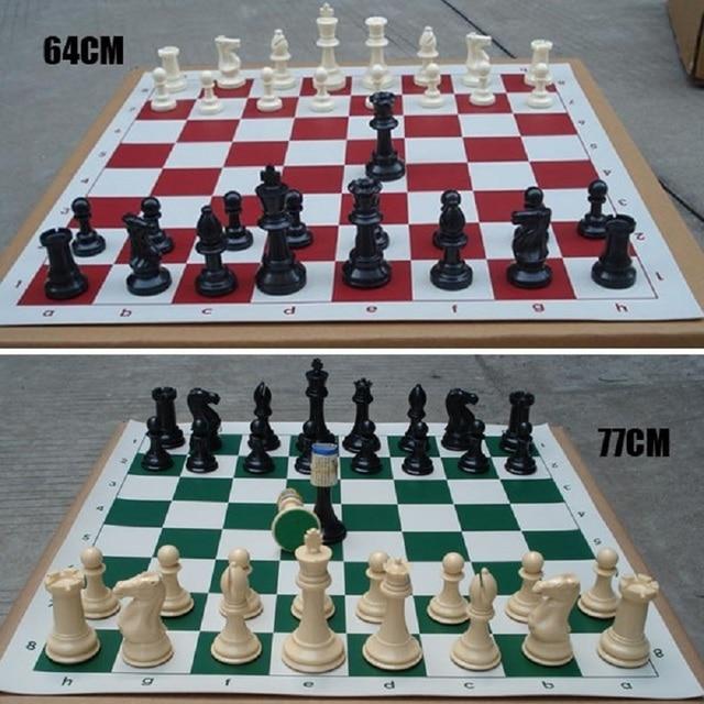 32 pièces d'échecs 64/77 MM 2