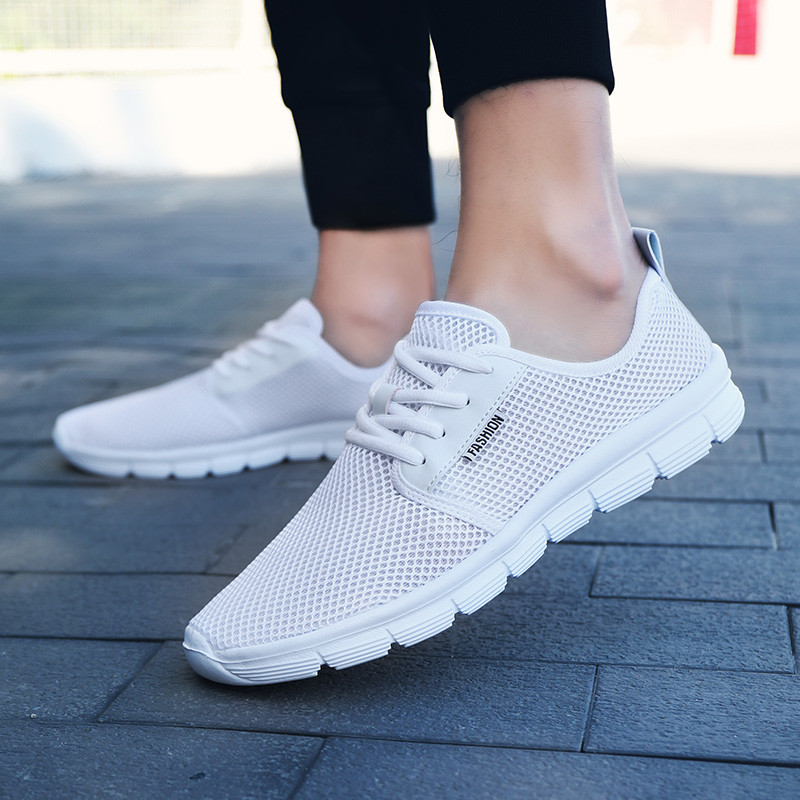 Unisex Casual Shoes Men Sneakers Superlight Trainers Mens Shoes Breathable Mesh Flat Shoes Men Mocassim Masculino White