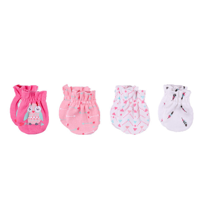 Newborn's Printed Cotton Mittens