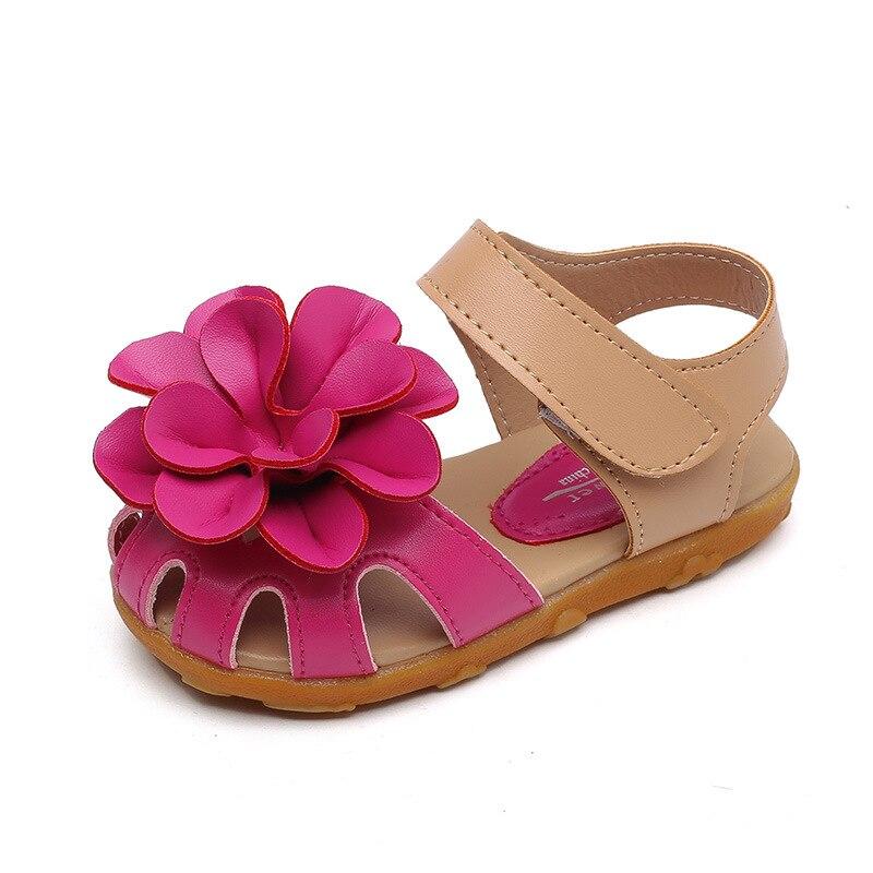 2018 Novas Crianças Meninas Sapatos de Verão Crianças Sandálias para As Meninas PU Flores De Couro Sandálias Sapatos Princesa Meninas Sapatos de Bebê 21 -30