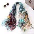 Nueva primavera verano bufanda de seda de imitación de pavo real impresión larga de las mujeres delgada bufanda de seda grande estupendo multi colores bufandas chica linda regalos