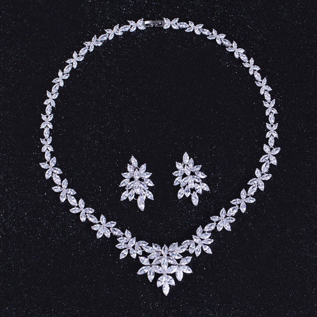 High Quality CZ Wedding Jewelry Sets Long Crystal Bridal Necklace And Earrings Set For Brides