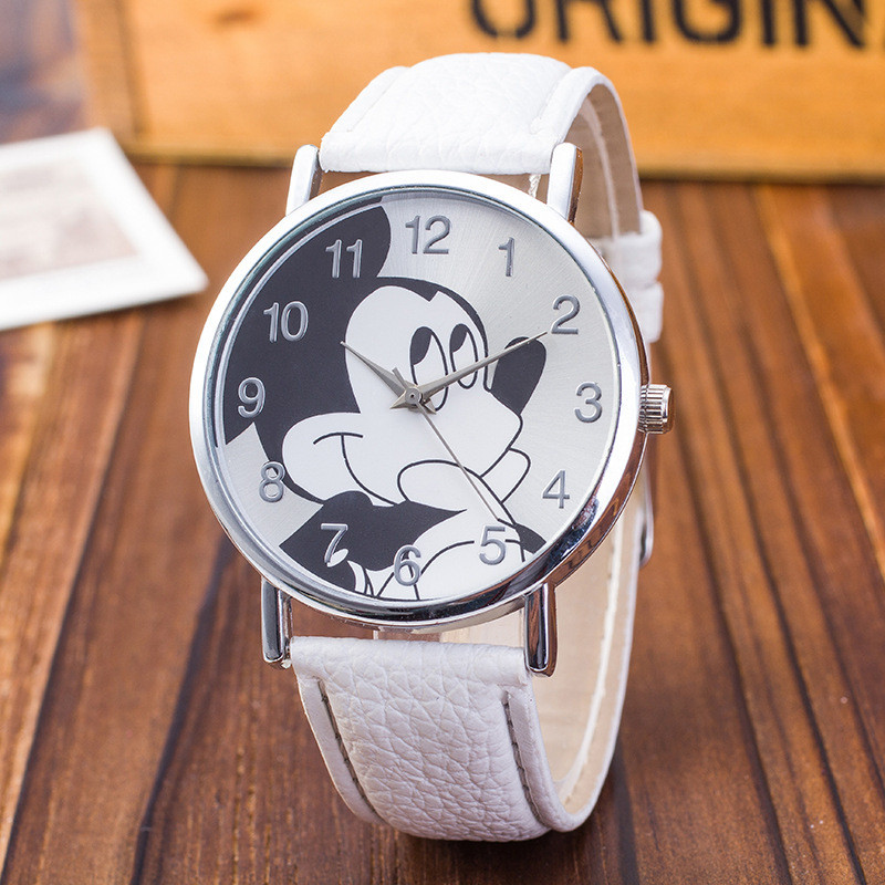 New fashionCartoon Pattern Fashion Women Watch 2017 New Casual Leather Strap Clock Girls Kids Quartz Wristwatch relogio feminino new fashion unisex women wristwatch quartz watch sports casual silicone reloj gifts relogio feminino clock digital watch orange