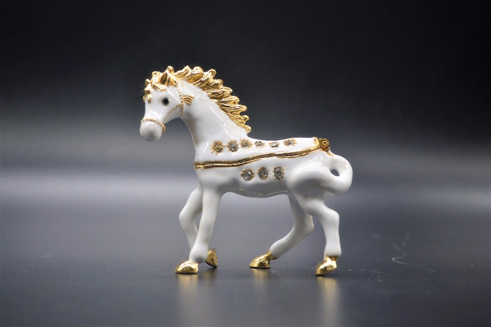 QIFU Horse figure trinket box gift craft|craft gift box|craft box|craft gift - title=