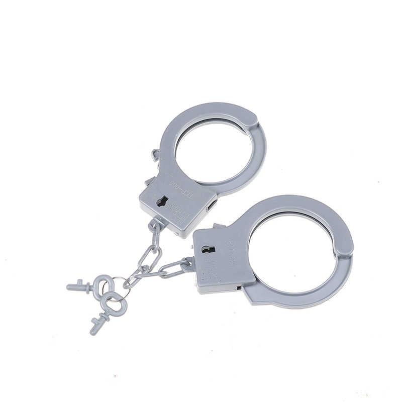 """3 шт./компл. полицейский автомобиль для борьбы с массовыми беспорядками Косплэй детей КС наручники Батон иди и болтай Walkie Talkie """"иди и вид функции игровой домик игрушки подарки для детей, игрушки для детей"""