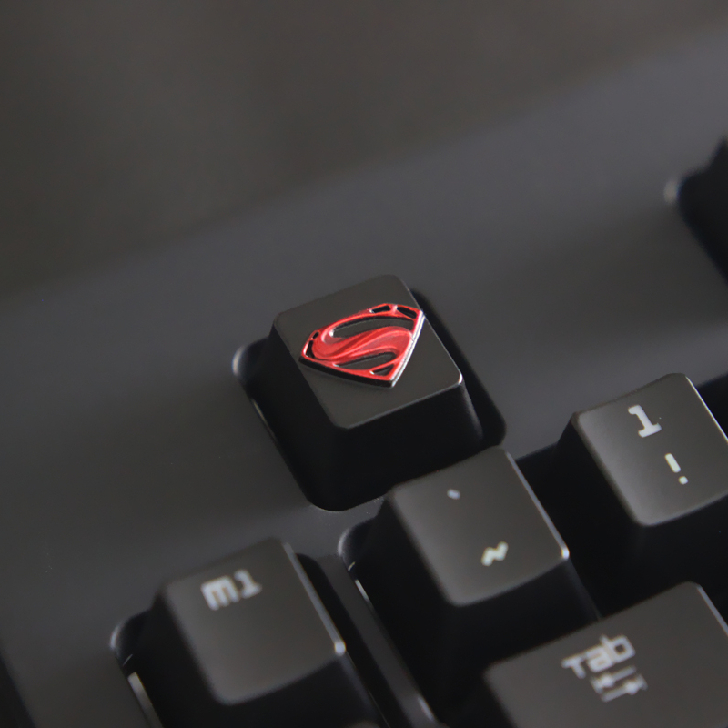 1pc Zinc-plated Aluminum Alloy Znal903 Key Cap For Dc Superman Logo Mechanical Keyboard Stereoscopic Relief Keycap R4 Height Bright And Translucent In Appearance