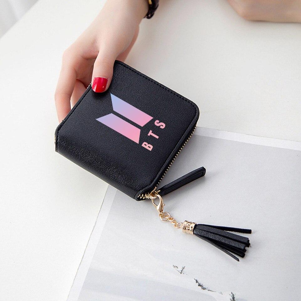 BTS 2018 nueva moda BTS 3d cartera Kpop corto cremallera tarjeta cartera chica borla carteras Mini lindas bolsas personalizar BTS Accesorios