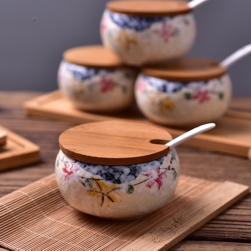 Japanese Style Blue and white porcelain Sugar Spice Storage Jar with wood cover lid Porcelain Jars for Spices Storage Tank set