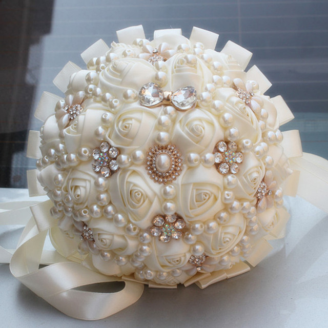 Handmade Pearl Ivory Cream Wedding Bouquet Mariage Artificial Flowers Ribbon Rose Half Ball Foam Sch Bridal