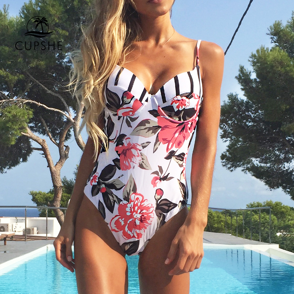 CUPSHE Floral Printing One-piece Swimsuit Women Adjustable Push Up Heart Neck Monokini 2018 Sexy Beach Bathing Suits Swimsuits