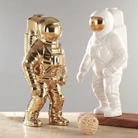Gold Space Man Sculpture Astronaut Fashion Vase Creative Modern Ceramic Cosmonaut Ornament Model Garden Statue Home Decorations