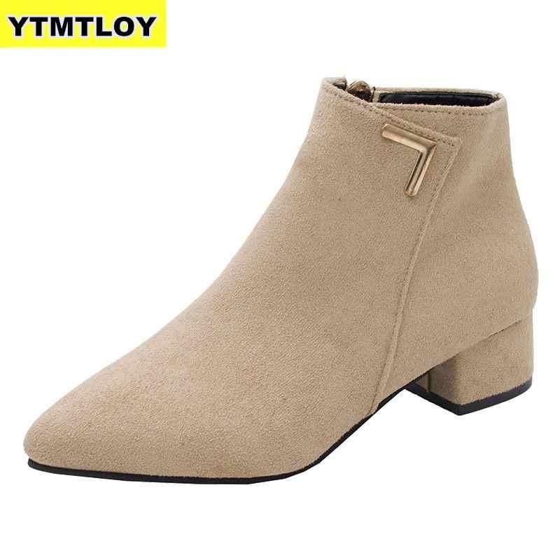 2019 mode Frauen Stiefel Casual Leder Niedrigen High Heels Frühjahr Schuhe Frau Spitz Gummi Stiefeletten Schwarz Rot Zapatos mujer