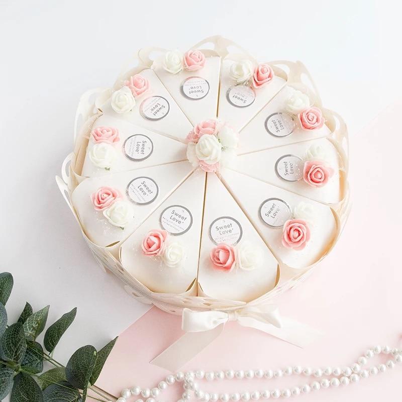 1795 11 De Réductionen Gros Doux Papillon Blanc Gâteau Bonbons Boîtes Avec Rosevioletblanc Fleurs Fête Mariage Faveurs Creative Cadeau Boîte 50