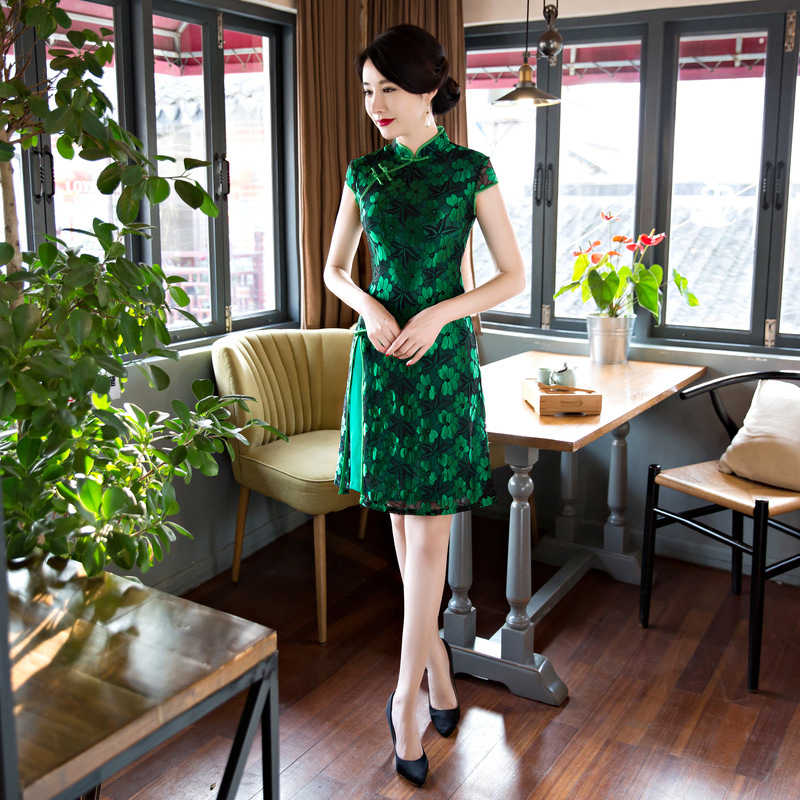 Sexy Elegant Chinese Womens Lace Qipao Vinage Button Cheongsam Summer Short Mini Tight Dress Vestido De Festa S M L XL XXL 3XL