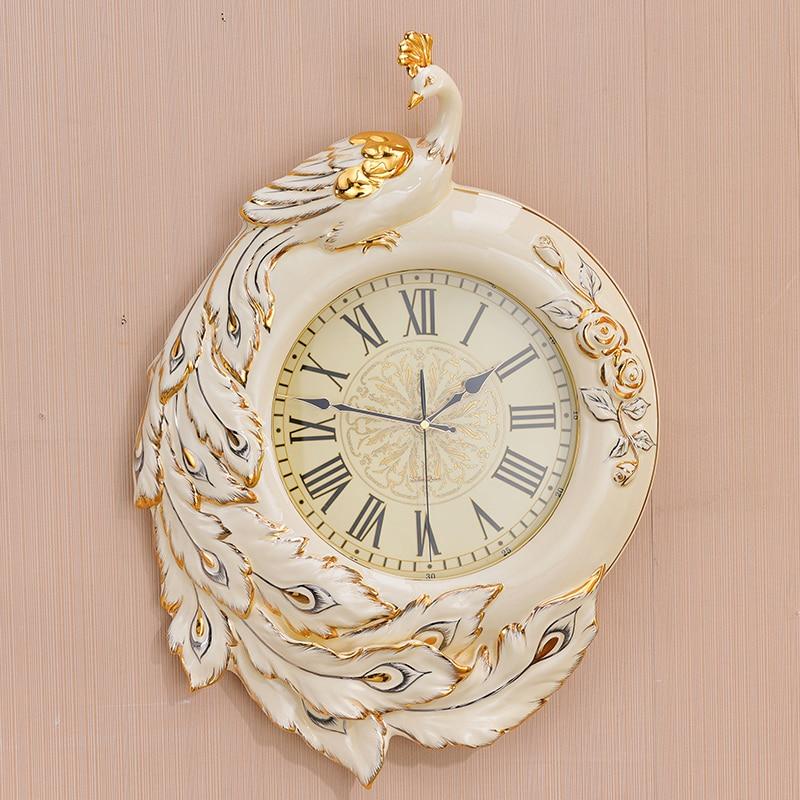 European luxury watch clock room of modern ceramic retro high-grade quartz