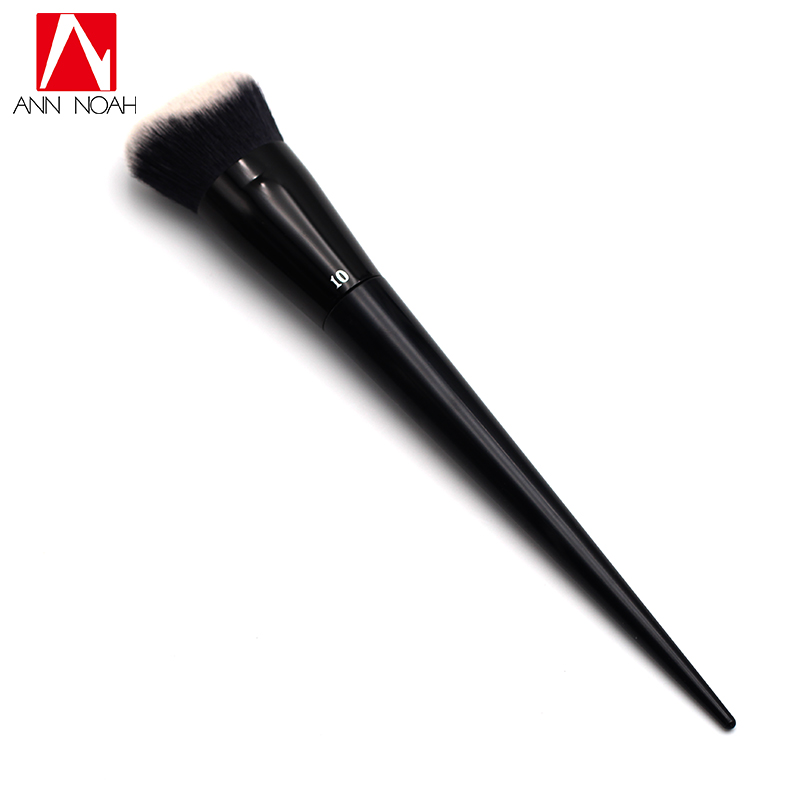 Fashion Tattoo Artist Makeup Black Long Sleek Stiletto Handle Feature Sculpted Shape No.10 Lock It Edge Foundation Brush europe god of darkness robert recommend gp self lock grips gp3 professional tattoo artist grip