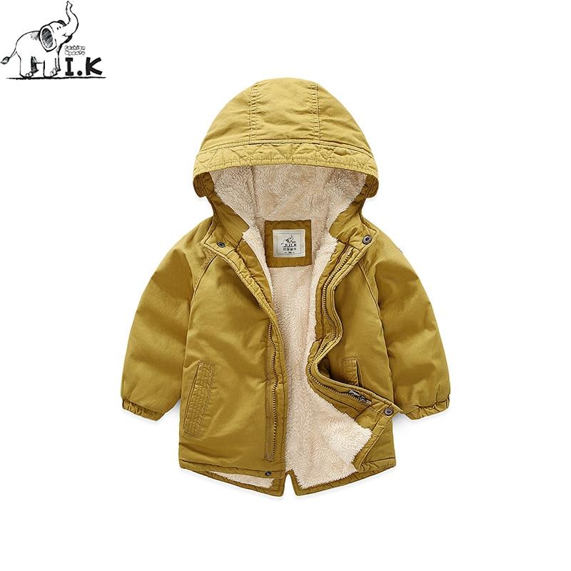 Для маленьких мальчиков зимние новые теплые плюс бархатная куртка модная детская парка с капюшоном длинными хлопка на молнии пальто с мехо...