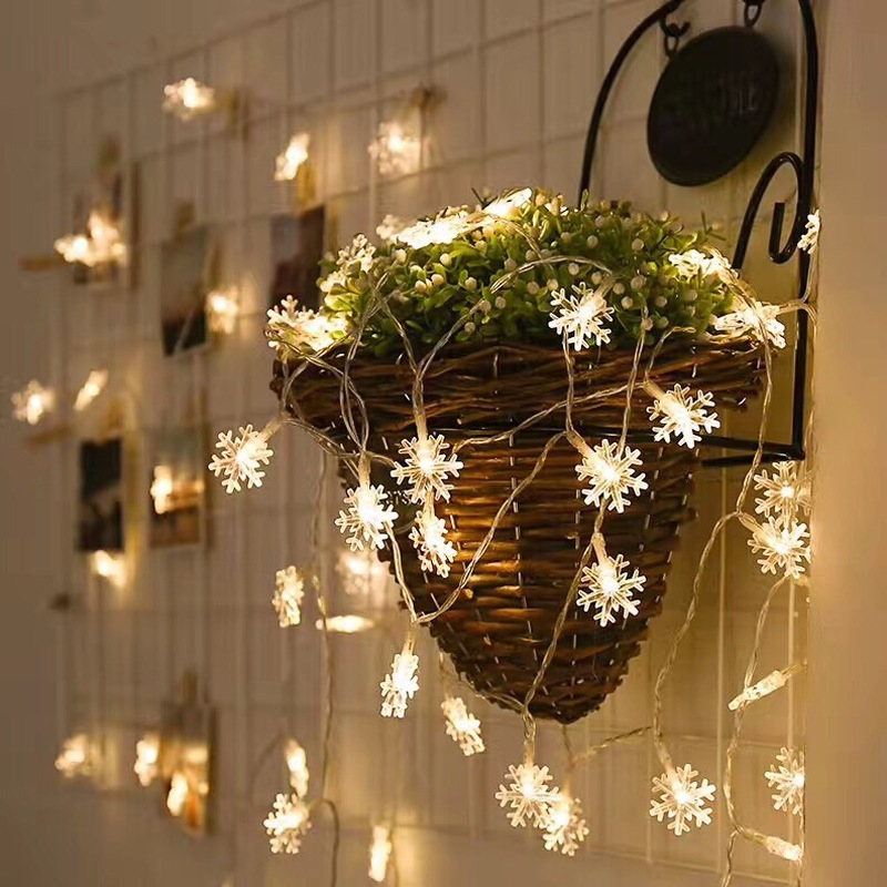 CHASANWAN 3 M 20 Lights Snowflake Garland Battery Box New Year 39 s Ornaments Christmas Decorations for Home Navidad Natal Noel in Pendant amp Drop Ornaments from Home amp Garden