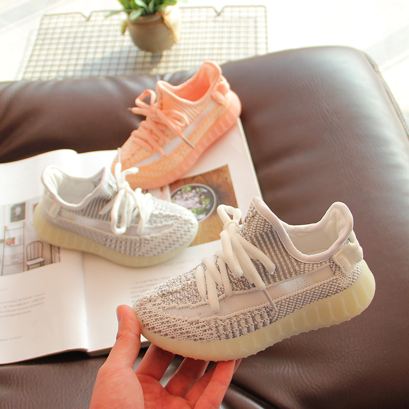 Casual running shoes Boy hollowed out sneakersCasual running shoes Boy hollowed out sneakers