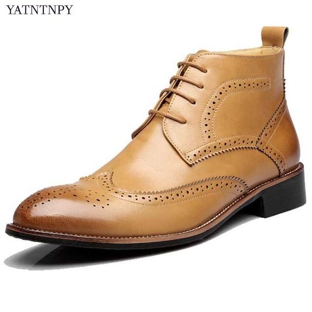 YATNTNPYมาใหม่ผู้ชายหนังบู๊ทส์ผู้ชายฤดูหนาววัวแกะสลักรองเท้าวินเทจมาร์ตินรองเท้าลูกไม้ขึ้นO Xfordsผู้ชายbota masculina