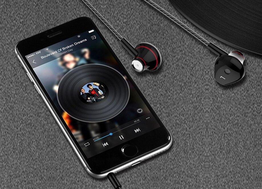 10-in-ear-earphone-headphone-headset-metal-bass-mp3-player-music-mp4-xiaomi-iphone-samsung-ipad-pc-tablet-white-black
