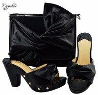 Очаровательные вечерние набор черный туфли лодочки и комплект с сумкой приятно соответствия для праздничное платье YM006