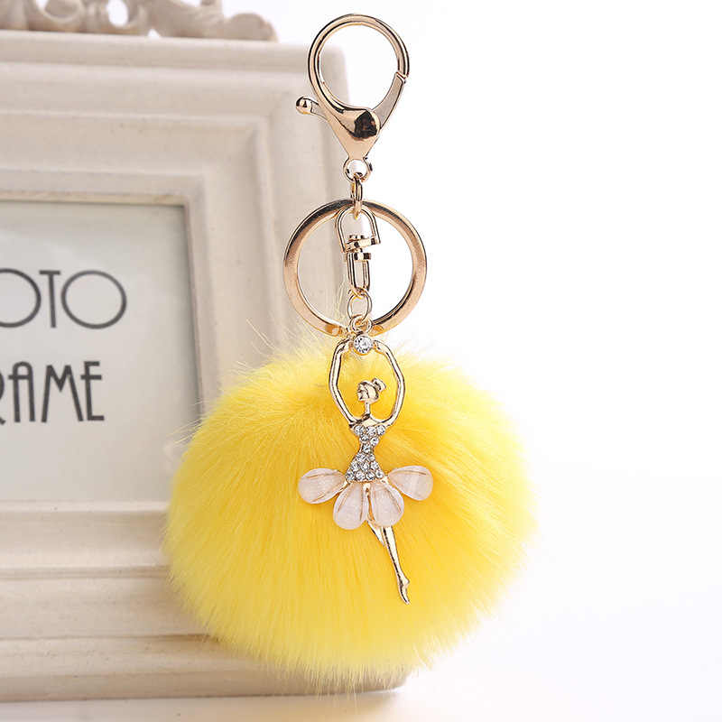 かわいいラインストーンリトルエンジェル車キーホルダーフェイクファーキーチェーン女性小物車バッグキーリング宝石類のギフト綿毛キーホルダー
