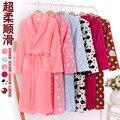 Super grossas pijamas de flanela no outono e inverno roupão de banho sexy bonito longo vestido de mangas compridas e toalha Camisola