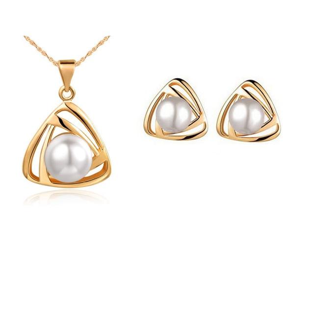 Simulated Pearl Pendant...