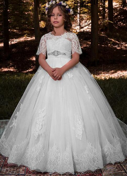 New White Scoop Neckline Ball Gown Flower Girl Dresses With Beaded Lace Appliques Bowknot Girls First Communion Dress with Bow