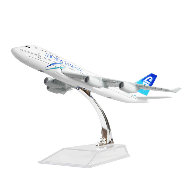 New Zealand Airlines Boeing 747 16cm Airplane Models Child Birthday Gift Plane Toys Free Shipping