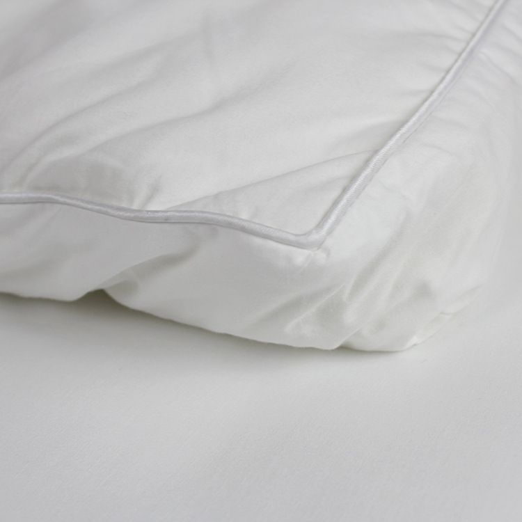Ultra Soft Full Mattress Toppers Polyester Filling Bed Plush 2 Inch