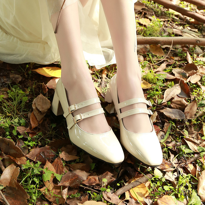 Patent Leather Women Pumps Retro Thick High-heeled Female Pumps Square Heels Scalp Vintage Women Mary Jane Shoes