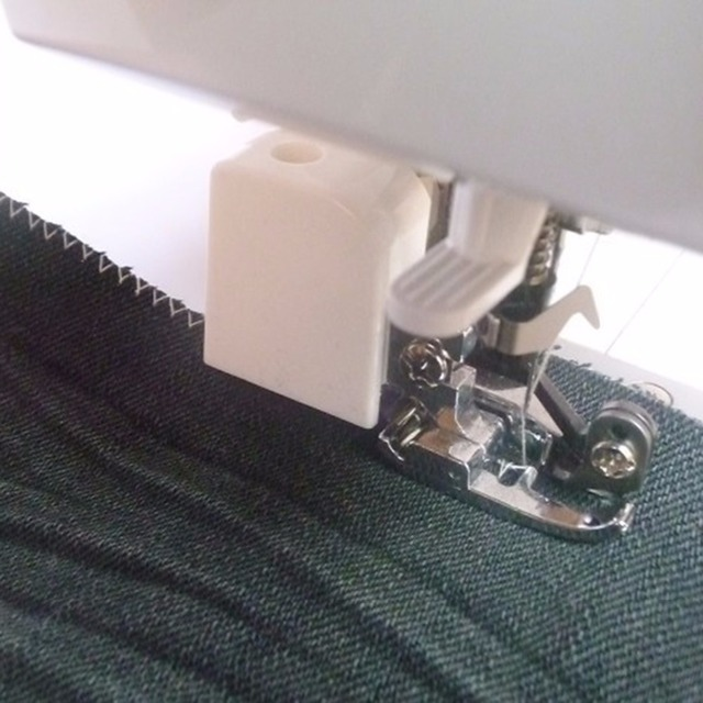 Multi Functional Side Cutter Serger Domestic Shank Sew Foot Feet Cool Sewing Machine Serger Attachment