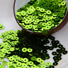 50g(10000pcs) lt green color 4mm Flat round loose sequins Paillettes sewing Wedding craft Good quality Free Shipping