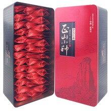 China Tee 2016yr Paulownia Roter Tee 200g Wuyi Berg Lapsang Souchong Kleine Tasche Schwarz Tee Zhengshanxiaozhong Tee Geschenkbox