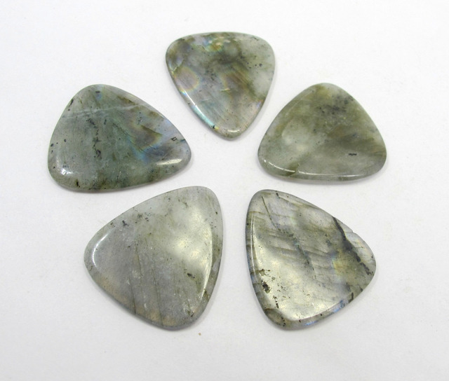 "myLife Hard Luxury ""Round Tip"" Guitar Pick Made of Genuine Labradorite Stone Crystal Bead Pendant Guitar Pick 1pcs"