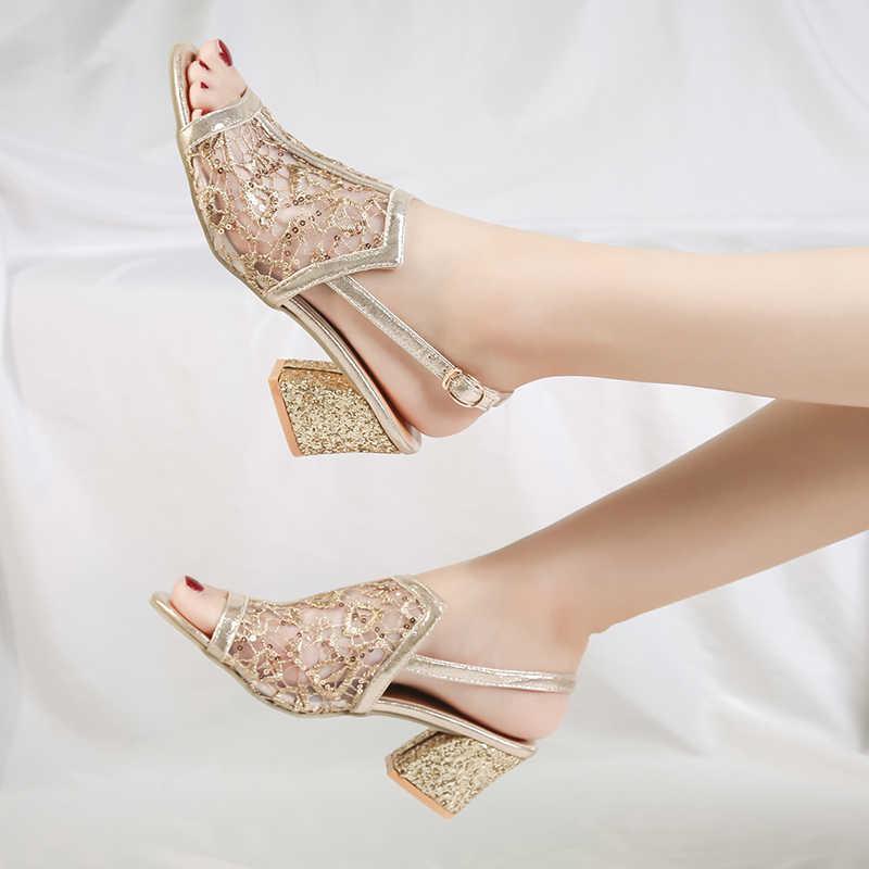 2018 letnie sandały damskie złoto z wystającym palcem sandały koronkowe buty damskie wysokie sandały na obcasie kwadratowe klapki na obcasie damskie buty 66H85