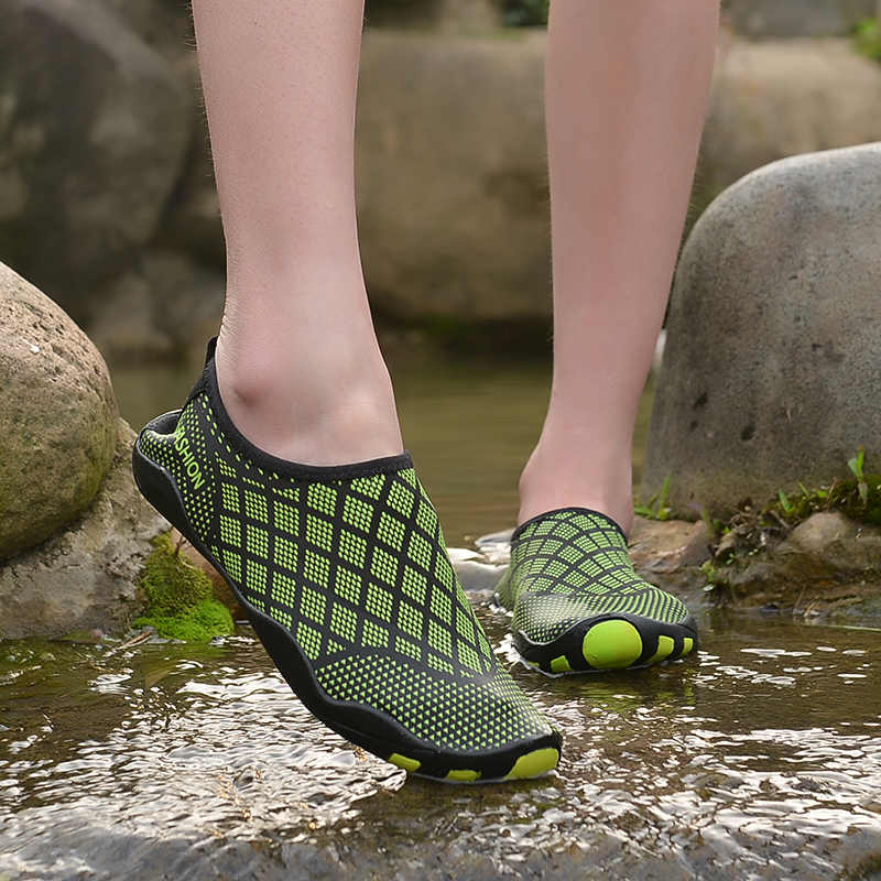 Dr eagle Summer sneaker slippers socks fitness shoes men barefoot sea aqua  water shoes for swimming and beach for women rubber