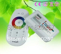 2.4G RF bezdrátová plně dotyková obrazovka LED RGB dálkový ovladač 12V / 24V WiFi kompatibilní + doprava zdarma