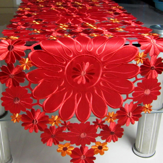 European Table Runner Modern Embroidery Hollow Tablecloth Fabric  Embroidered Rustic Red Table Runners Wedding Decoration 2018
