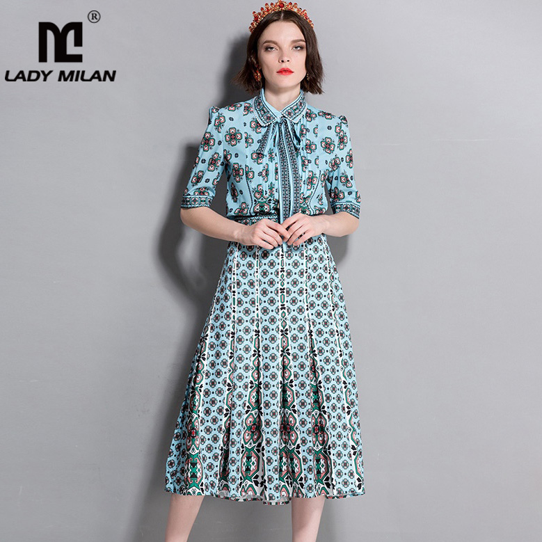 Womens Beaded Turn Down Collar Short Sleeves Bow Shirts with Printed Ruched Skirts Fashion Designer Twinsets Two Piece Dresses