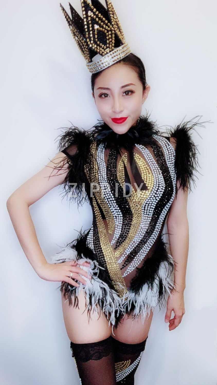 Мода 2019 блестящие стразы Черный Белый перо сетка боди леггинсы для ночного клуба Женская танцевальная одежда