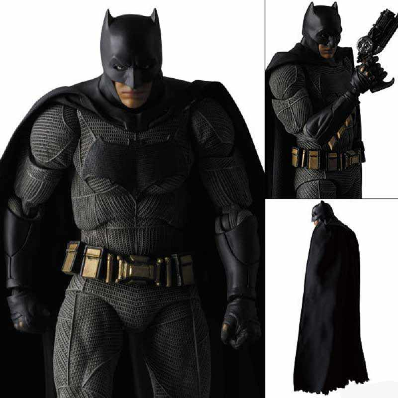 Madrugada de Justiça Marvel Batman vs Superman 16 cm Mostrar Modelo Toy Anime Batman Super Hero Action Figure Toy Aniversário jouet Presente